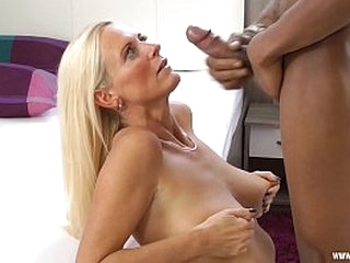 Young stallion wants to fuck my mature pussy