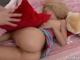 Blonde teen take big cock in her ass 7 min